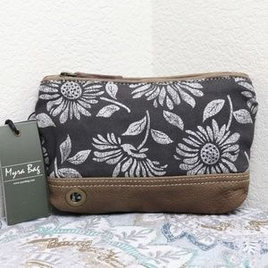 🆕Myra Bag Vintage Wristlet Pouch Makeup Bag